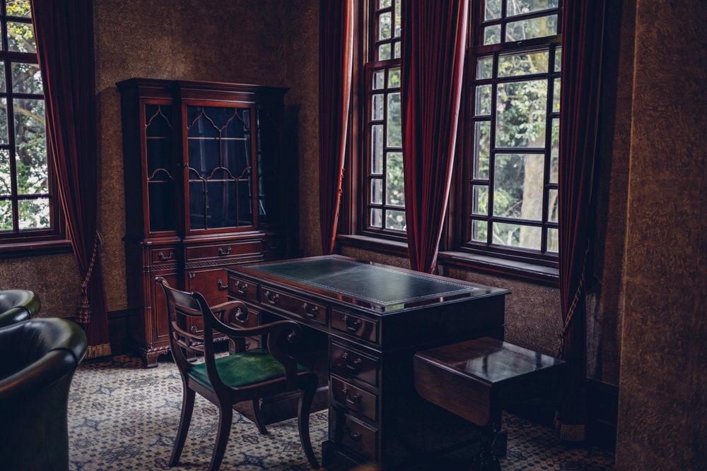 書斎のような空間