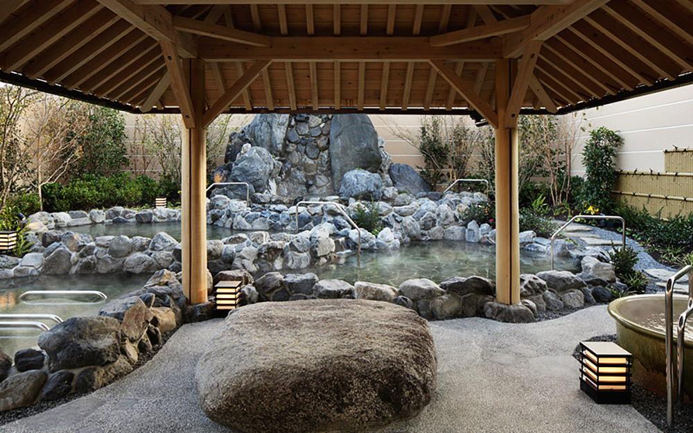 神戸みなと温泉 露天大浴場