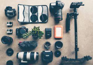 撮影旅行でも安心して運べるカメラ用ローラーバッグ