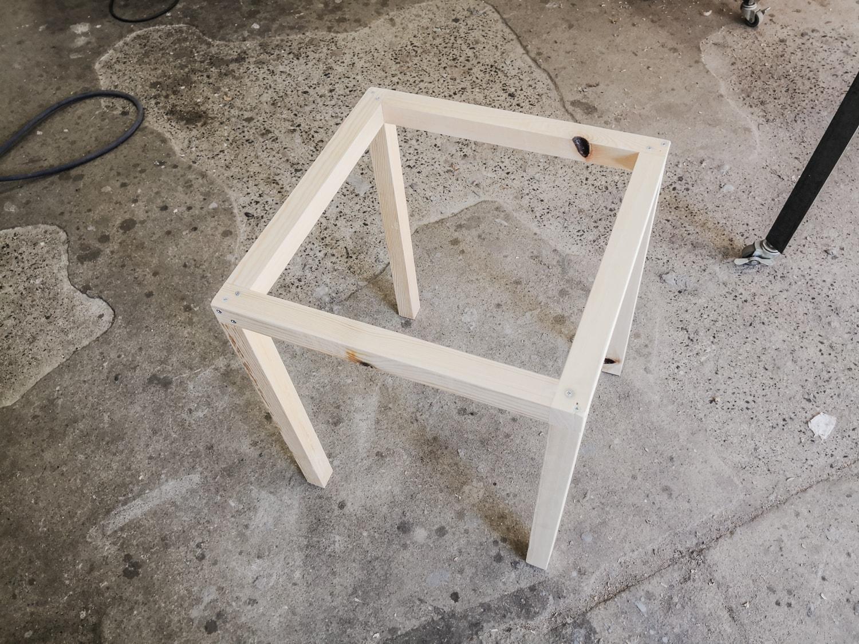 四方枠の完成