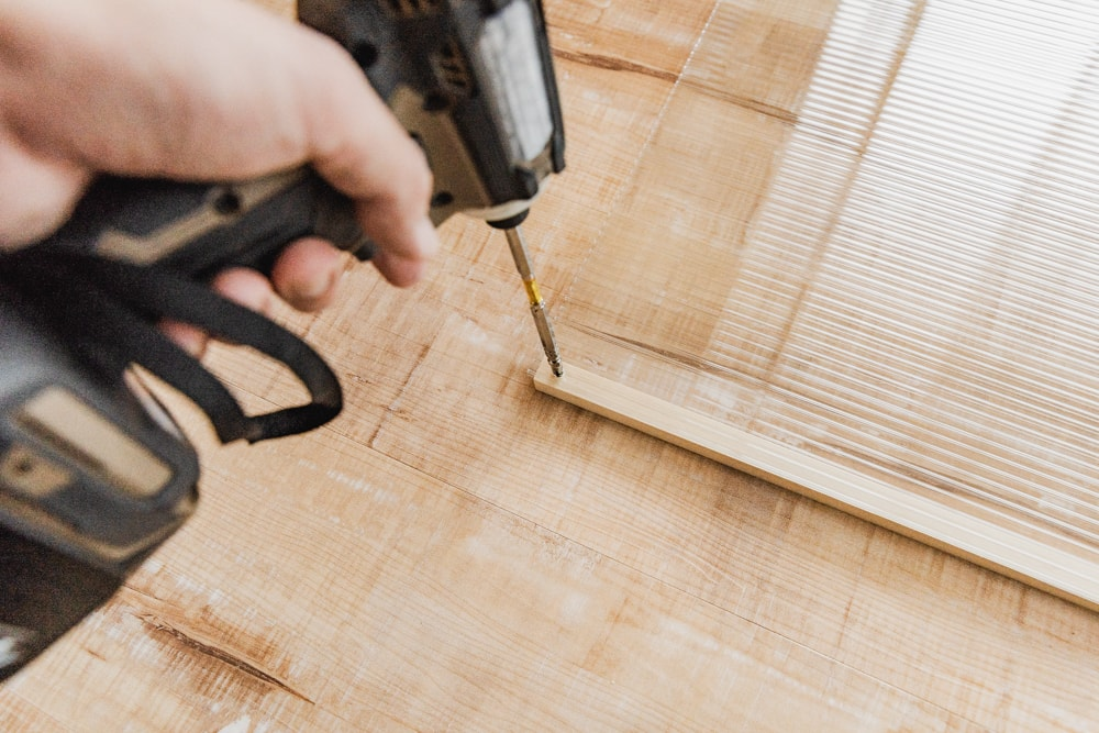 ハモニカーボと木材を固定