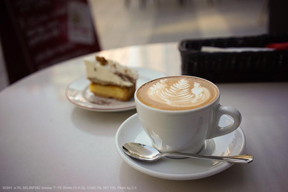 カフェでの1枚