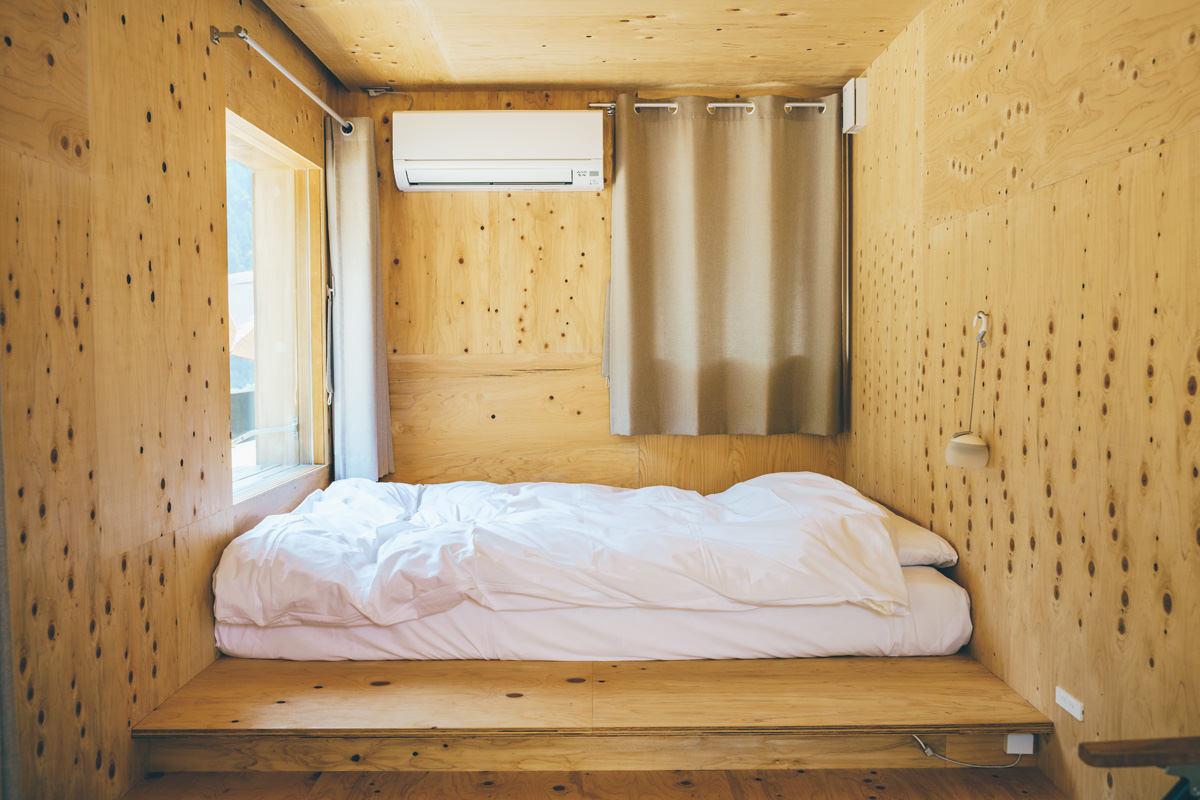 住箱はベッド完備